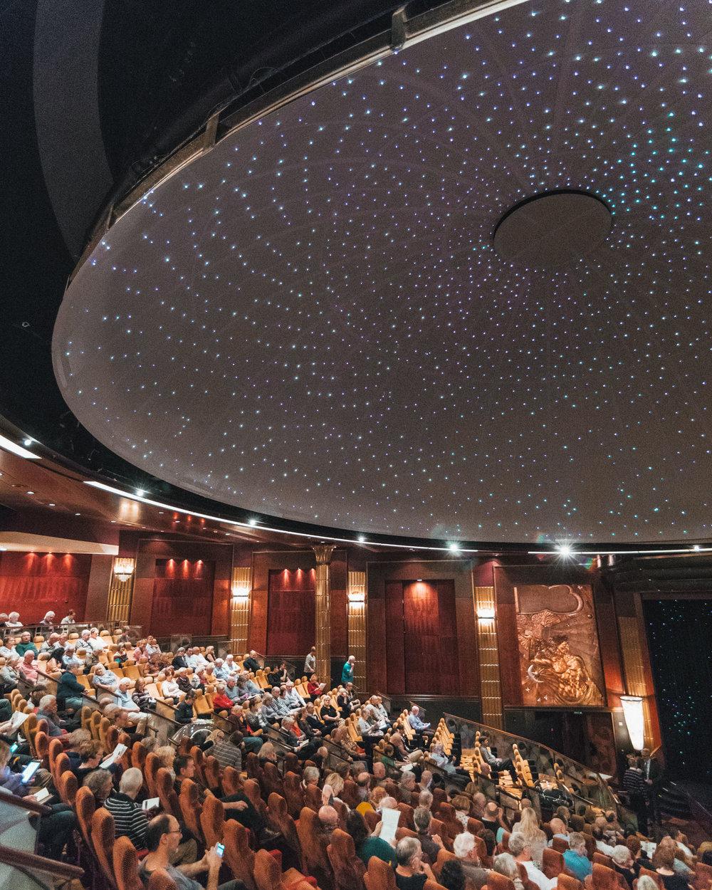 Planetarium // Transatlantic Cruising on the Cunard Queen Mary 2 #readysetjetset