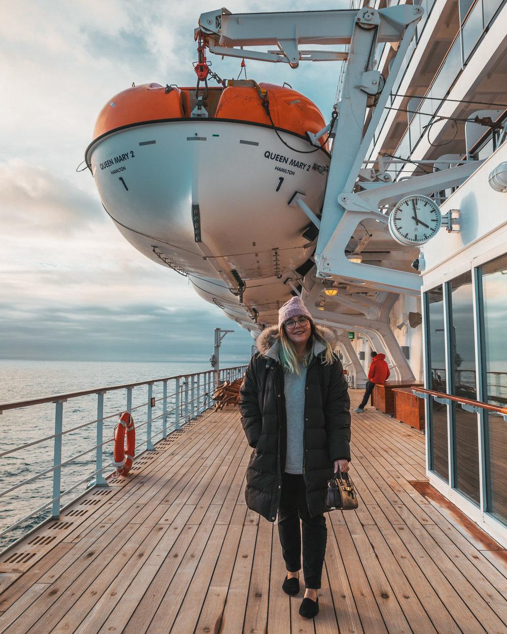 Walking the QM2's decks // Transatlantic Cruising on the Cunard Queen Mary 2 #readysetjetset
