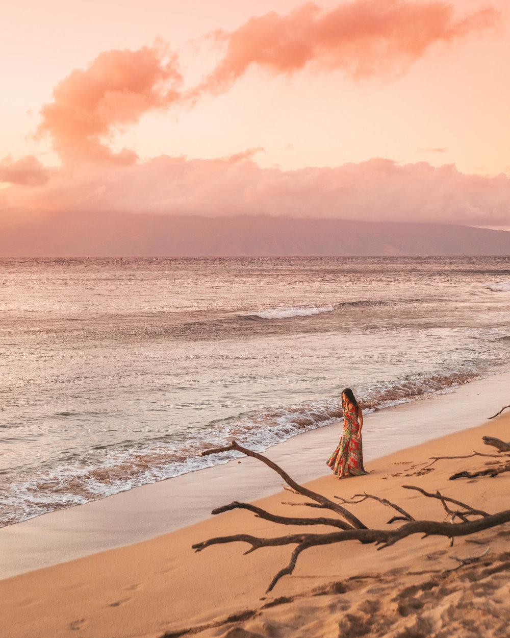 Sunset on Ka'anapali Beach at Westin Nanea // The Quick Guide to Visiting Maui, Hawaii #readysetjetset #hawaii #maui