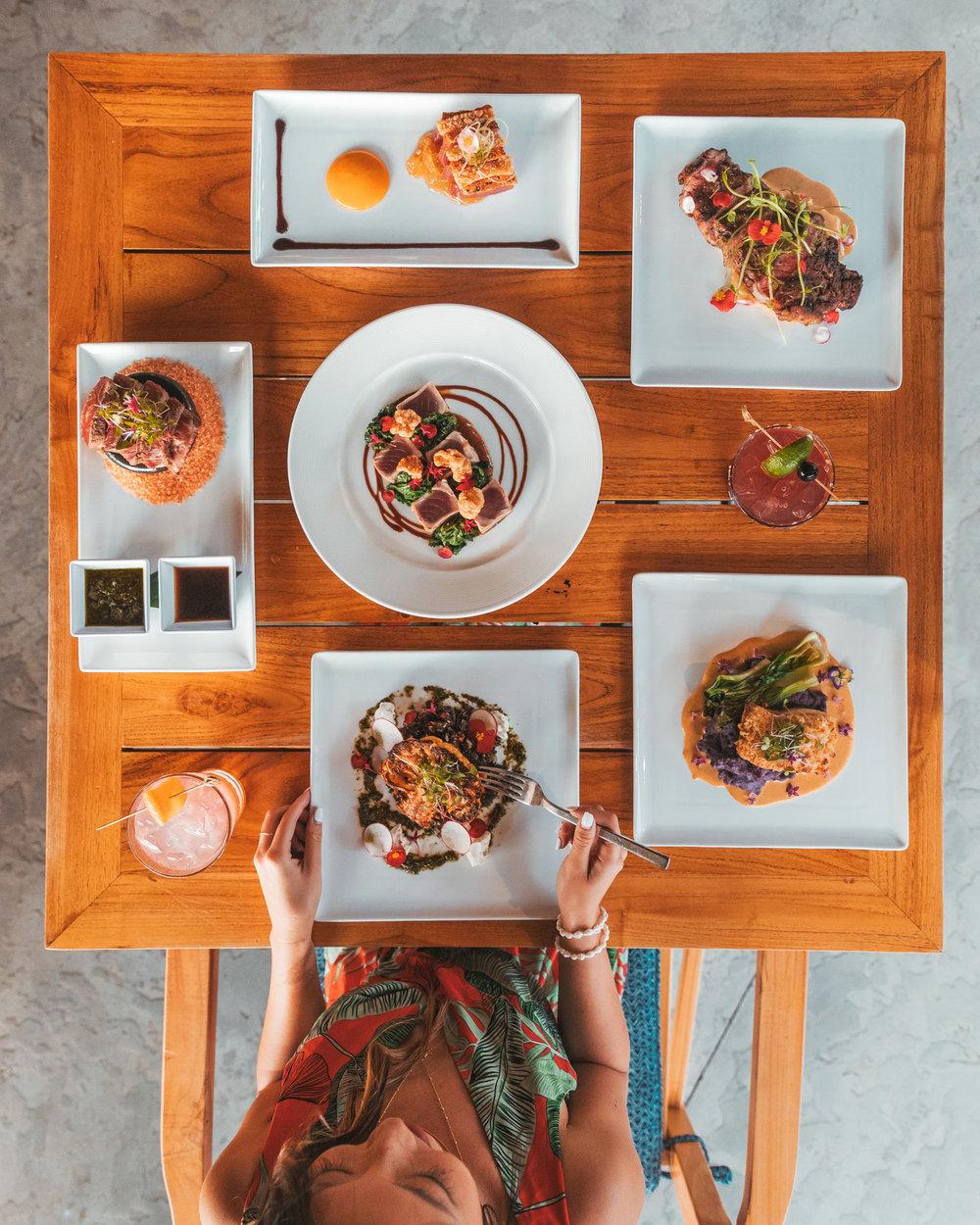 Mauka Makai dinner at Westin Nanea // The Quick Guide to Visiting Maui, Hawaii #readysetjetset #hawaii #maui