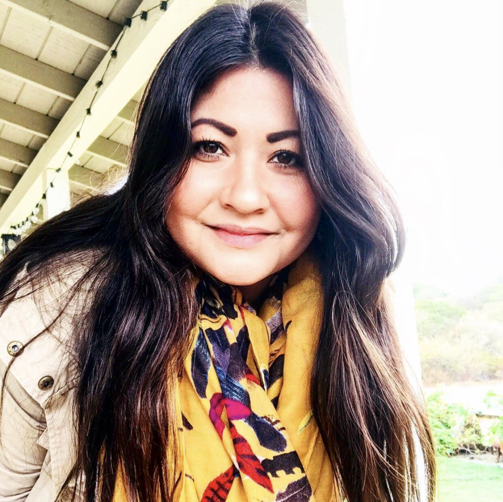 Meet Kim Bayani. Born and raised in Poway, California and currently resides in Valley Center, California enjoying the farm to table lifestyle. Kimmi's currently a student working toward her Interior Design degree. She's always had a passion for design whether it be architecture, fashion or interior design. Her parents really inspired her to pursue this passion. Her dad is a custom home builder in the local area, and her mom provides both the interior and landscape designs for his projects. She has experience in event design and it is something she's enjoyed doing as a hobby over the last several years. Her style is a reflection of her personally. Loving the Farmhouse style with a little Bohemian and Americana touches. Her favorite thing is to mix vintage with new, giving a classic but urban look and feel. She's looking forward to collaborating with the Carsyn Neille Foundation in creating unique and comforting spaces that meet each child's needs.  ➕Welcome to our crew Kimmi and we're so grateful for the amazing contributions you've made with Ella, Soleil and Grayson's Room to Thrive.  IG:  @MintNThyme