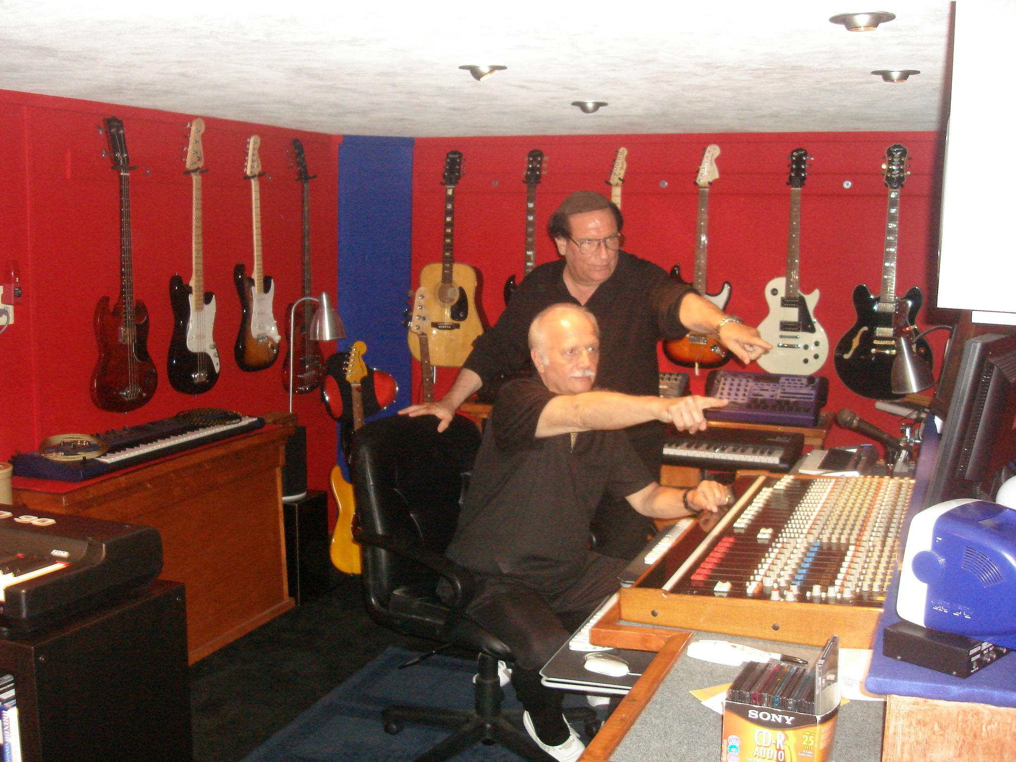 studio_pictures_john__steve_010.jpg