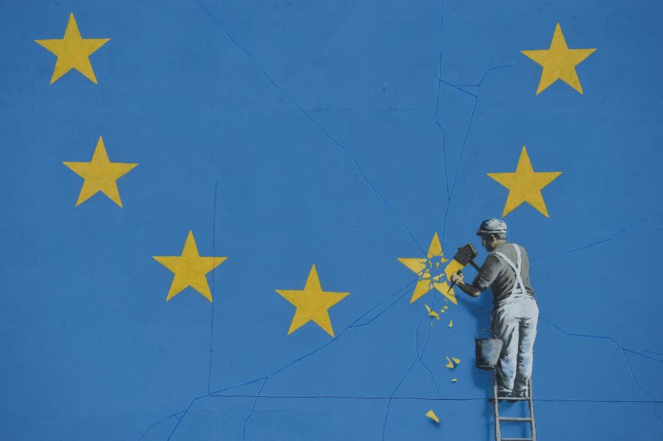 Banksy's New Mural Depicts EU Star Being Removed