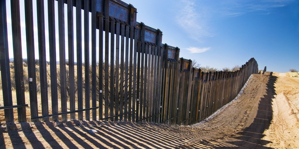 Mexican-American-border-wall.jpg