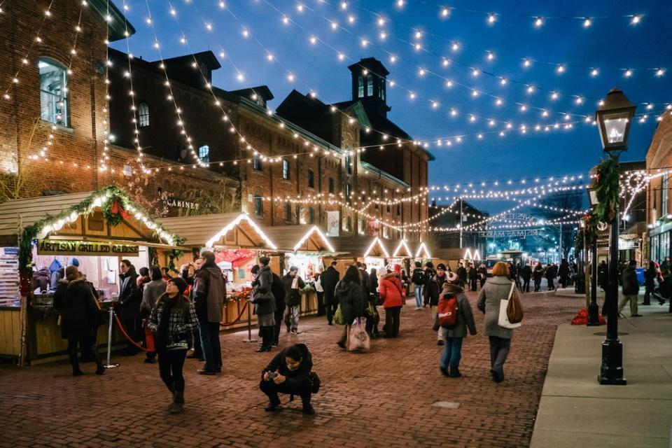 Toronto_Christmas_Market.jpg