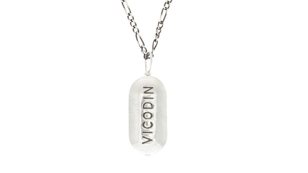cast-of-vices-pills-vicodin-product-16x9_1.jpg