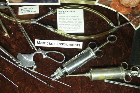 Mortician instruments