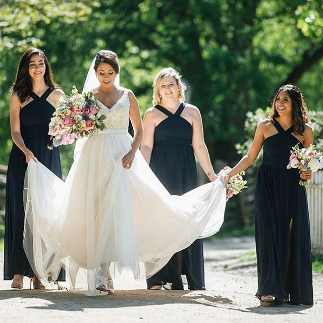 Bridesmaids & Blooms • I'm always interested in how large or small a bridal party is. I personally think 3-6 works best but have seen bridal parties as big as 12 people and in the UK one bride had 98!! What do you think: how many is too many? •  Photo: @lucastphotography Flowers: @jenniferbaxter_luvwithflowers  Planning: @champagnecedar  #champagnecedarwed #torontoweddingplanner #torontoweddingcoordinator #torontowedding #torontobride #weddingplanner #weddingday #weddingdetails #weddingdress #bridestyle #bridesmaids #squadgoals #bridesquad #handtiedbouquet #gardenflowers #summerblooms #weddingbouquet #summerwedding #springwedding #luxurydesign #luxurywedding #luxurylifestyle #navydress #longbridesmaiddress #shoes #shoeaddict #weddingshoes #blushweddingdress #mstomrs #isaidyes