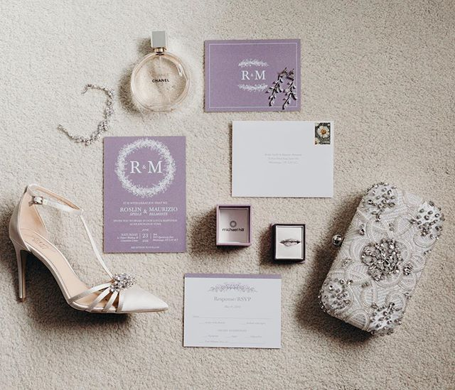 Invitations are the first impression guests get for your wedding day. They set the tone and build anticipation. R+M had a beautiful soft and romantic suite!  Photo: @jessicadouglasphotography  Shoes: @badgleymischka  Perfume: @chanelofficial  Wedding band: @michaelhillj ———————————————— #champagnecedarwed #torontowedding #torontobride #torontoweddingplanner #torontoweddingcoordinator #lifeofawpicweddingplanner #weddingplanner #whitewedding #blushwedding #romantic #romanticwedding #glamorous #glamwedding #luxurydesign #luxurydecor #luxurywedding #luxurylifestyle #isaidyes #shesaidyes #engaged #chanel #chanceperfume #chanelperfume #invitationsuite #badgleymischka #badgleymischkabride #flatlay #badgleymischkashoes #bridalfashion #bridalclutch