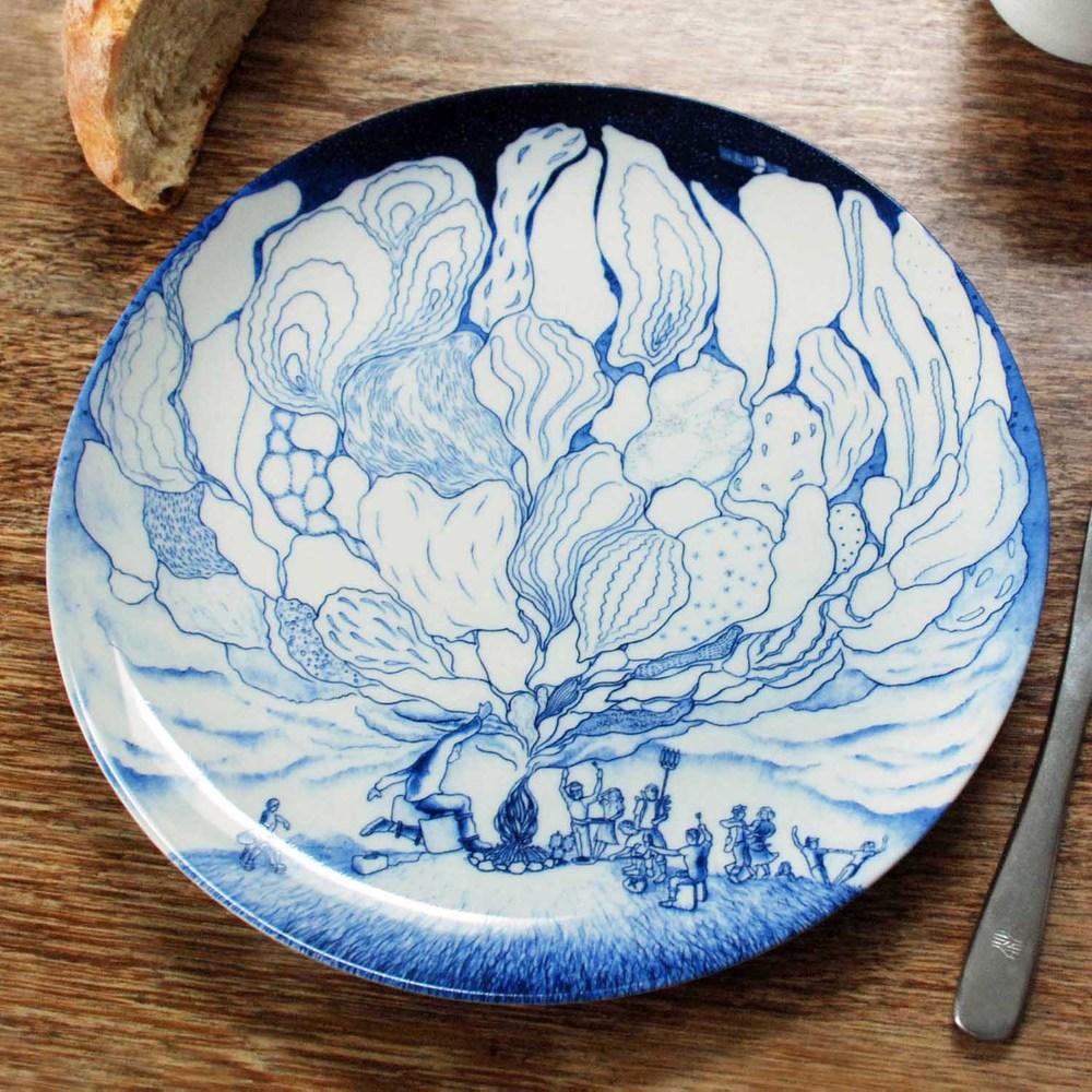 Bonfire dinner plate