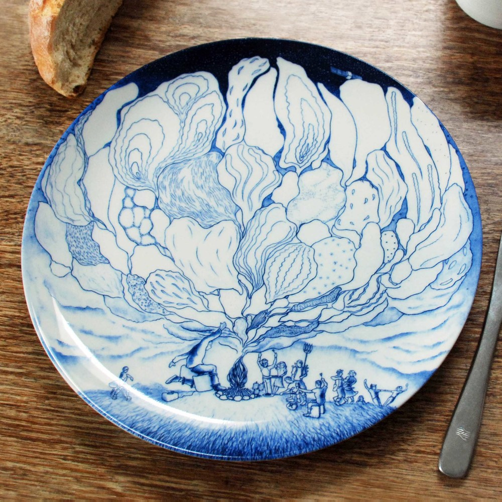 'I could just go to the shops' dinner plates