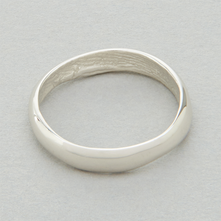 18ct_White_Gold_'slender'_polished_exterior_surface_Patrick_Laing_You_&_Me_wedding_rings.jpg