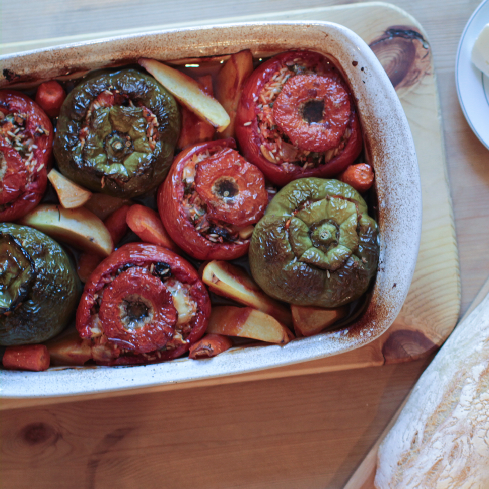 160619_GreekStuffedTomatoes_cropped.png
