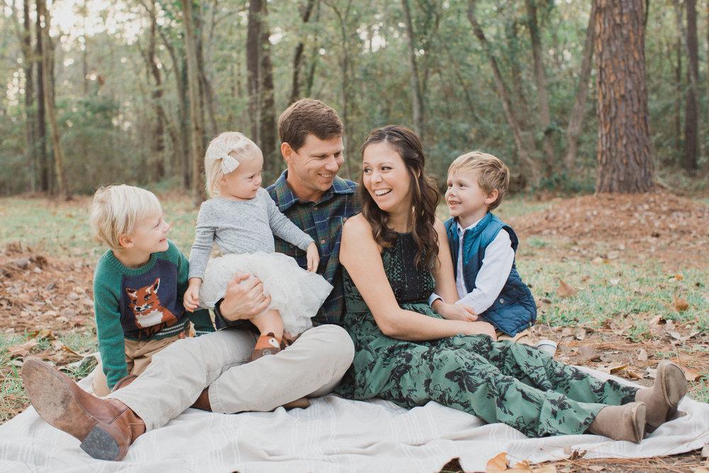 Lucia Boone Family Photos -14.jpg