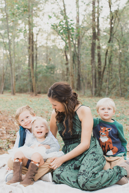 Lucia Boone Family Photos -17.jpg