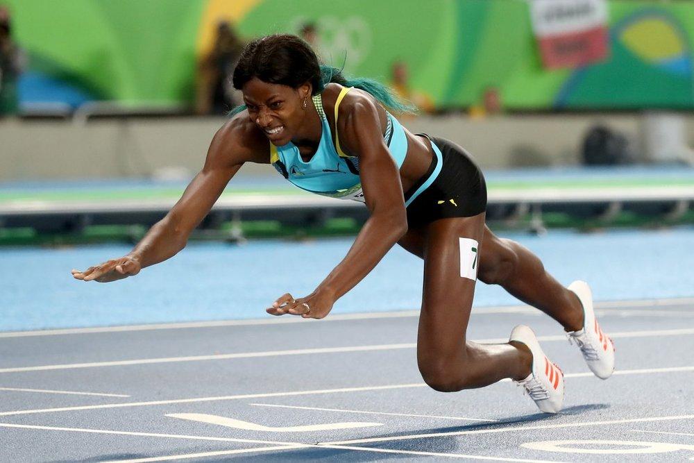 miller-dives-to-win-gold.jpg