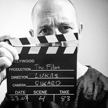 FILM, SERIER & MUSIKKVIDEO -