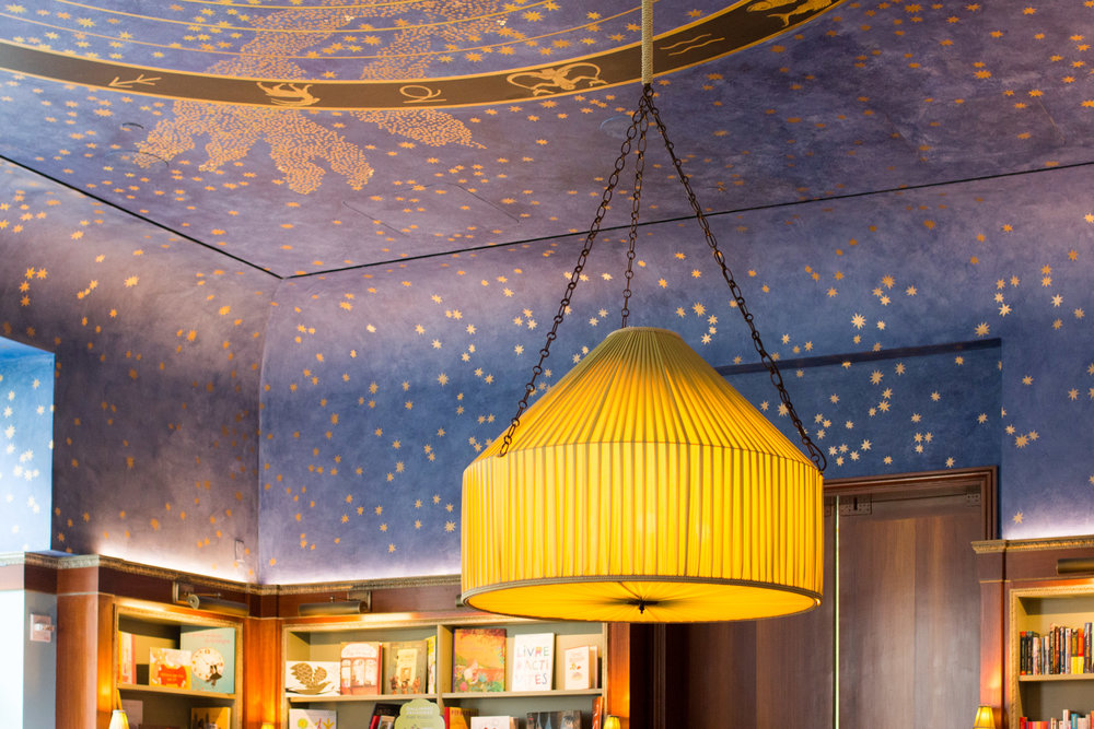 Paris meets NYC : Albertine Book shop