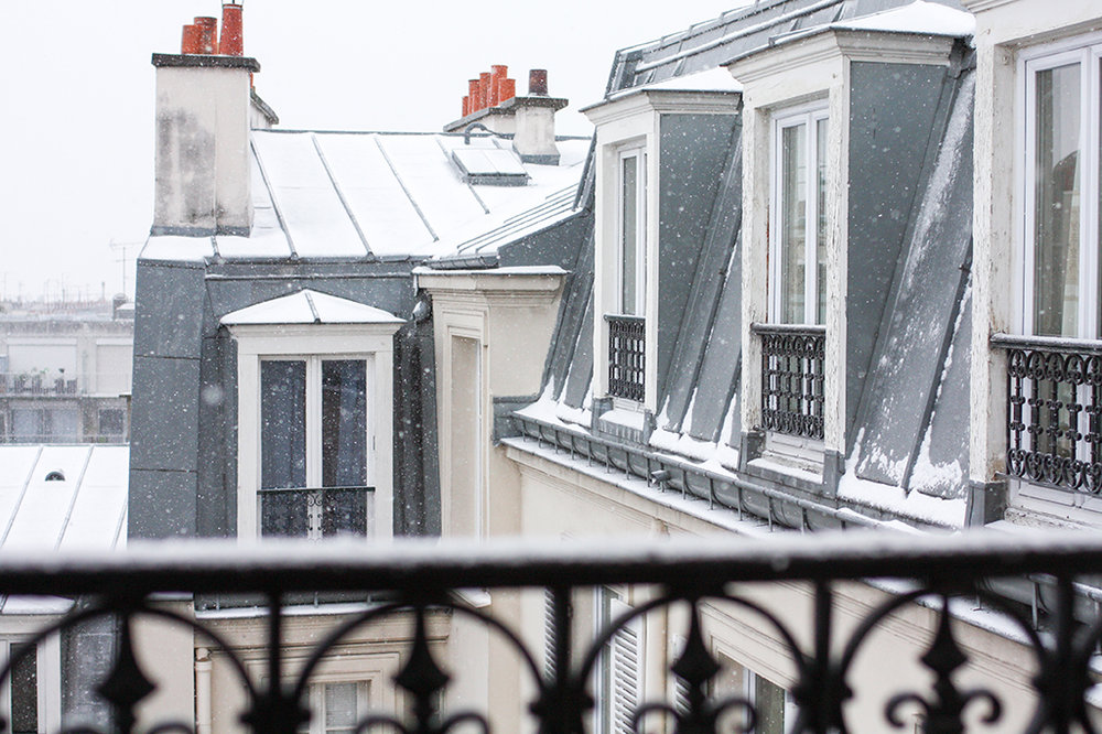 paris montmartre apartment in the snow @rebeccaplotnick