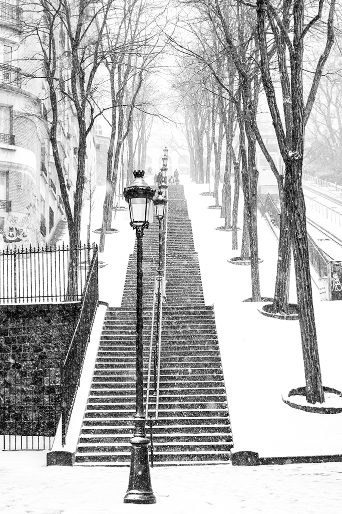 montmartre in the snow @rebeccaplotnick