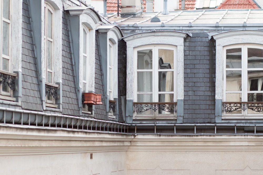 parisian apartments in the marais by rebecca plotnick
