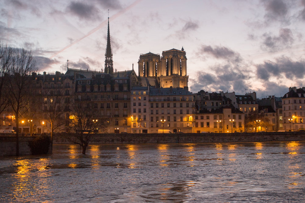 paris seine sunset