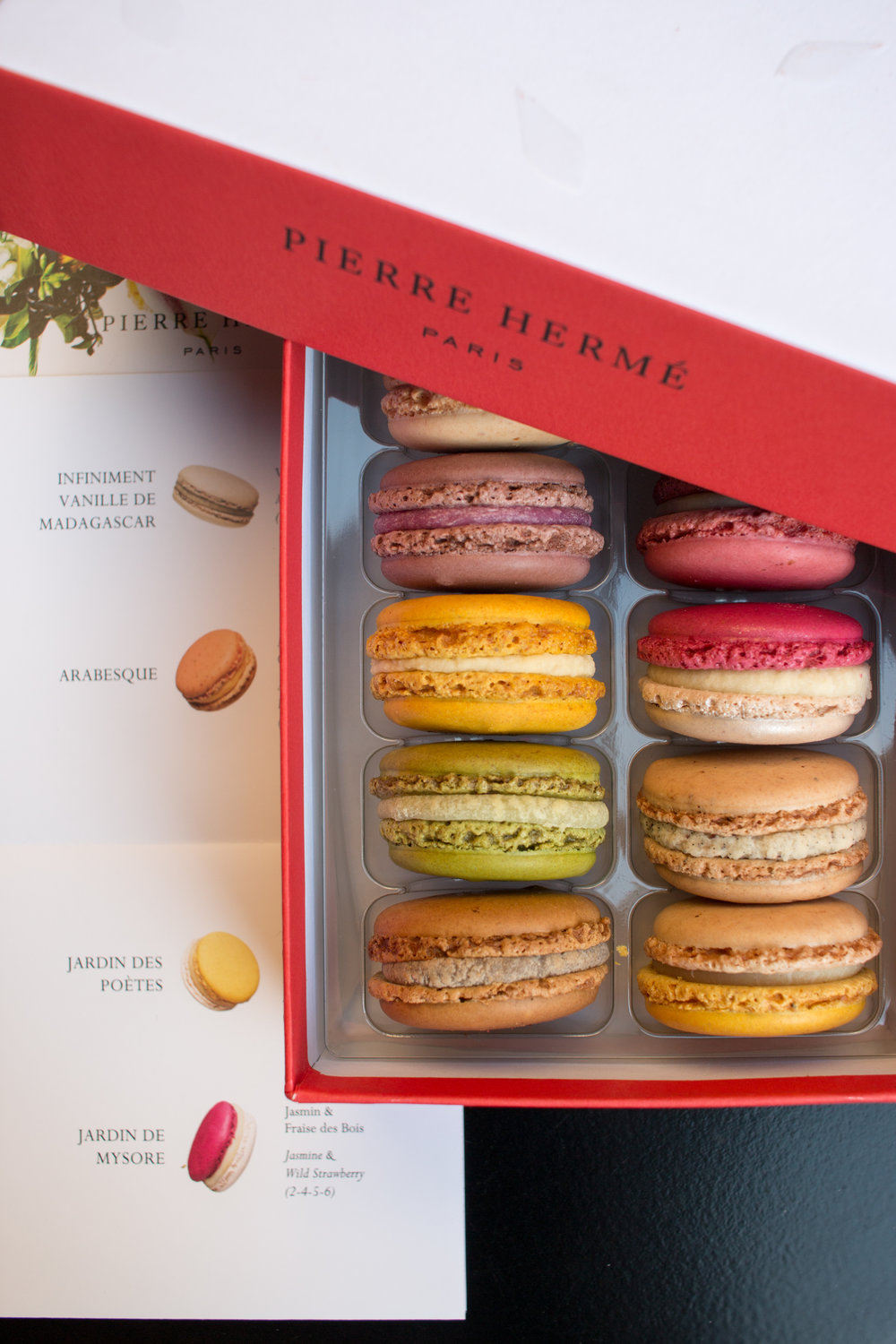 pierre herme macarons paris france