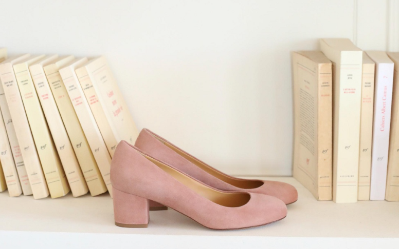 pink pumps by sezane