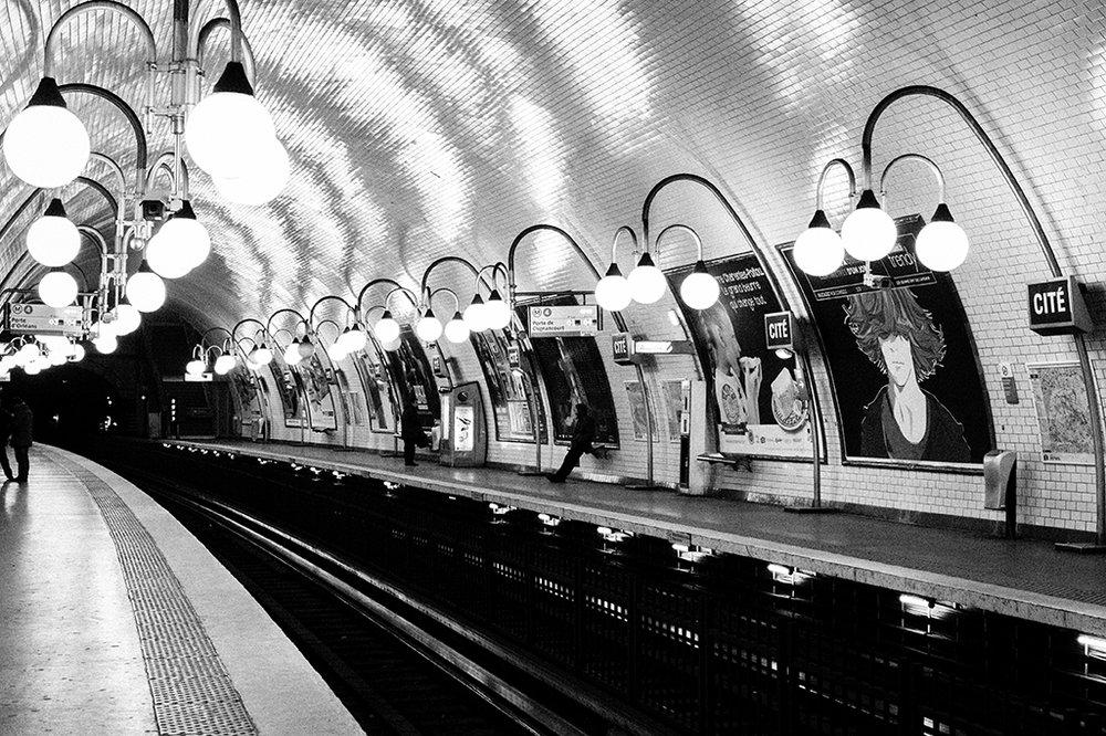 rebecca plotnick paris black and white metro photo