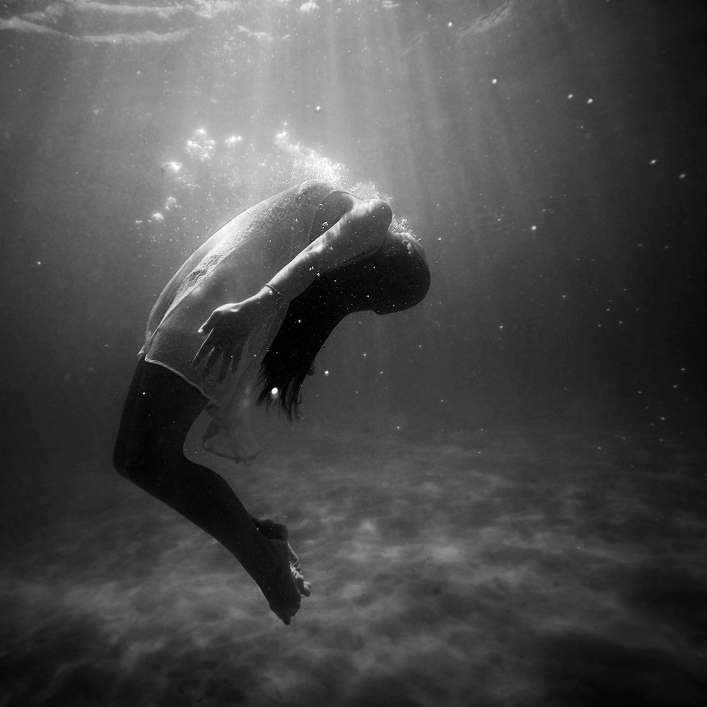 drowning.depression.jpg
