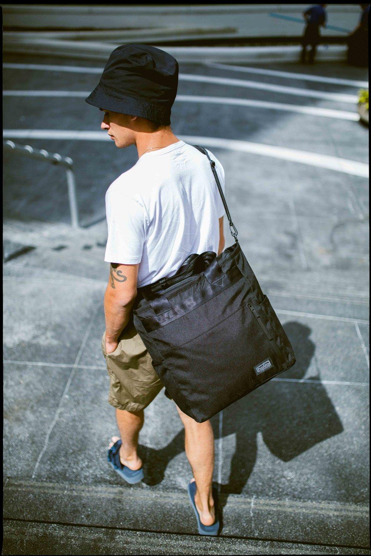 Hobo-Sidebag-Portrait-2.jpg