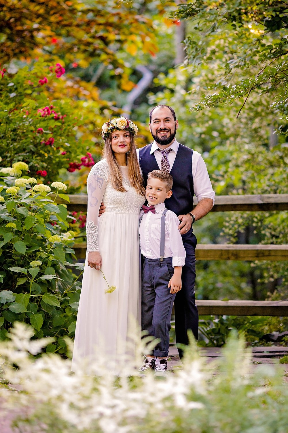 St. Peter's Pete's Village Pennsylvania wedding family portrait photographer