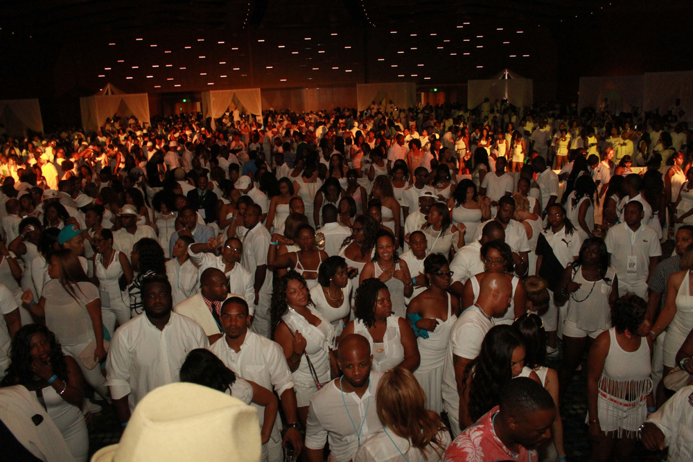 6TH ANNUAL ALL WHITE AFFAIR [ 2014 ] ~ Music City Center
