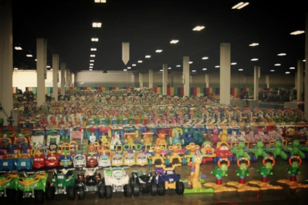 Here is one photo of the rows upon rows of toys at Switch-A-Roos! Makes my heart beat a little faster!