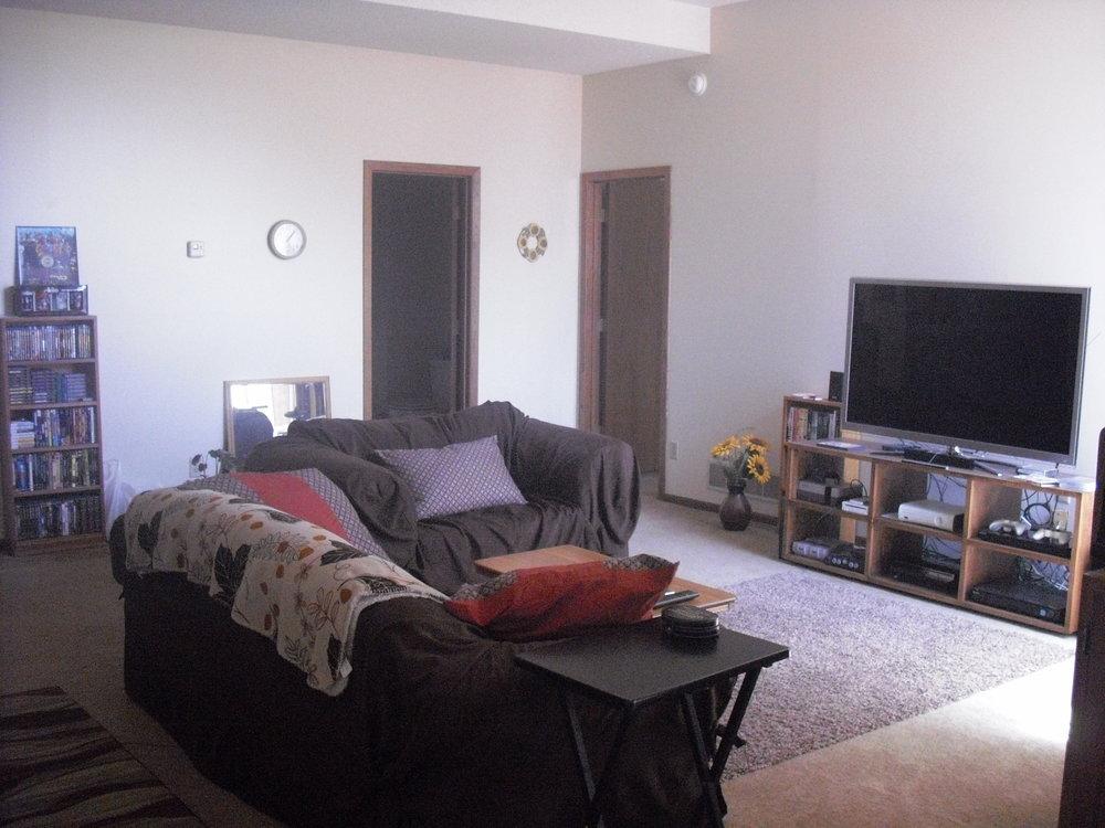 #17 Living Room.jpg