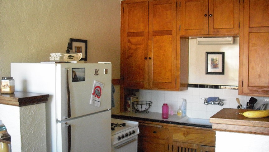 Unit 4 Kitchen 2.JPG