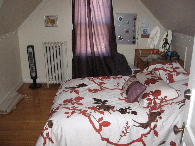 Bedroom #3 2.JPG