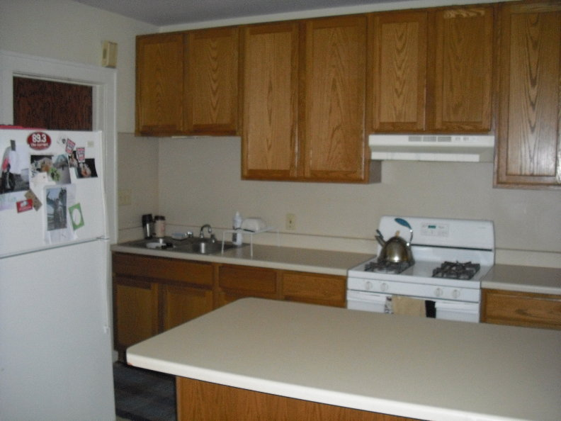 Kitchen #2.JPG