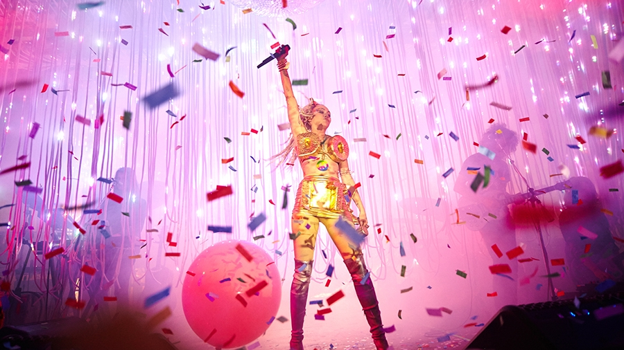 Miley & Her Dead Petz | Miley Cyrus | Photography by Erika Mugglin | Confetti, Music, Concert