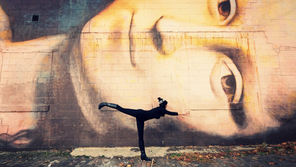 Mona Lisa Mural, Warrior III, Virabhadrasana III | Yoga Inspiration, Columbus, Ohio, Art