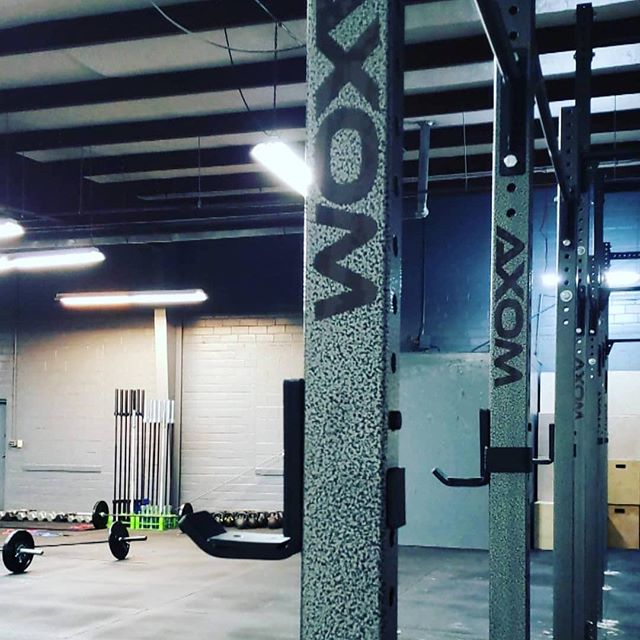 Big shout out to @rebelherdfitness on the opening of their new facility! Check them out if you are in the Pittsburgh, KS area! #rebelherdcrossfit #pittstategorillas #axomperformance # axomrig#crossfit #fitness #bodybuilding #gainz #fitfam
