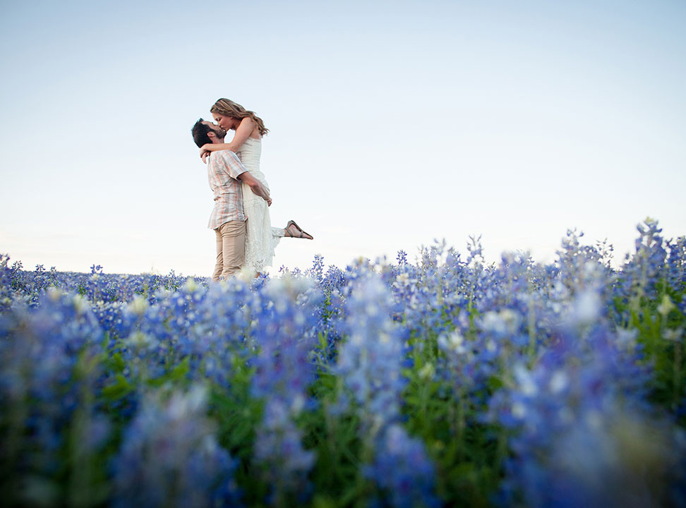 27-Austin_Engagement_Photography_She-N-He0031.jpg