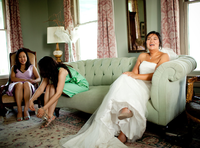 bride with bridesmaids, wedding dress, barr mansion