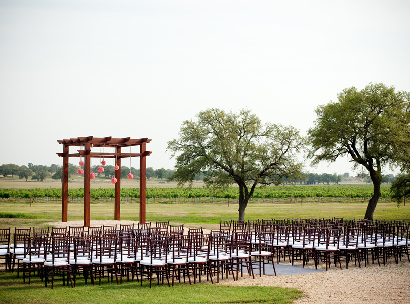 vineyard at florence, austin wedding photographer