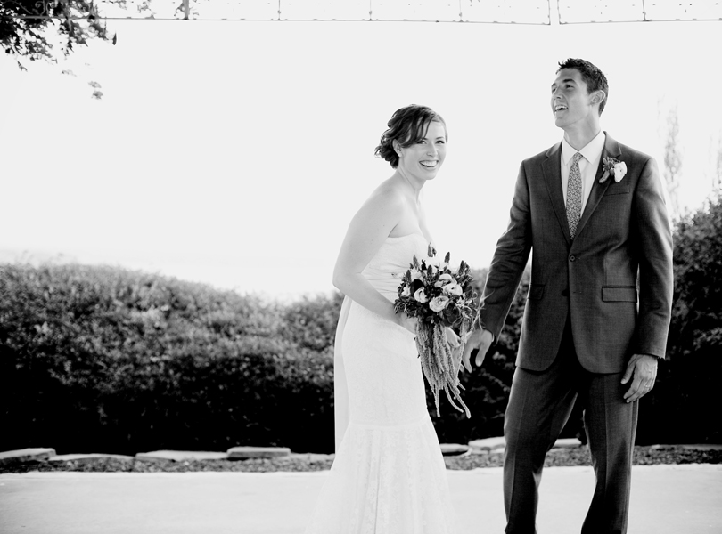 Vintage Villas wedding, Verbena Floral Design, bride, groom, lake travis wedding, black and white