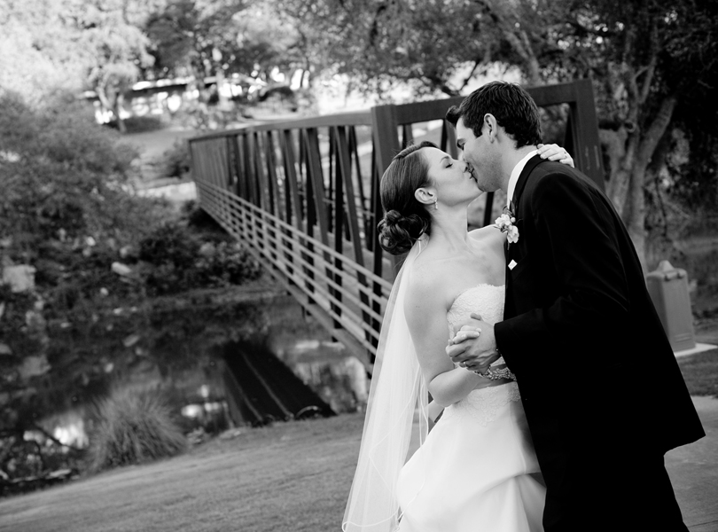 The Hills Country Club Wedding, bride and groom portrait, black and white