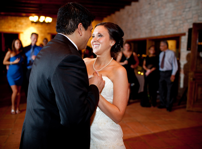 first dance, bride and groom, thurman mansion wedding