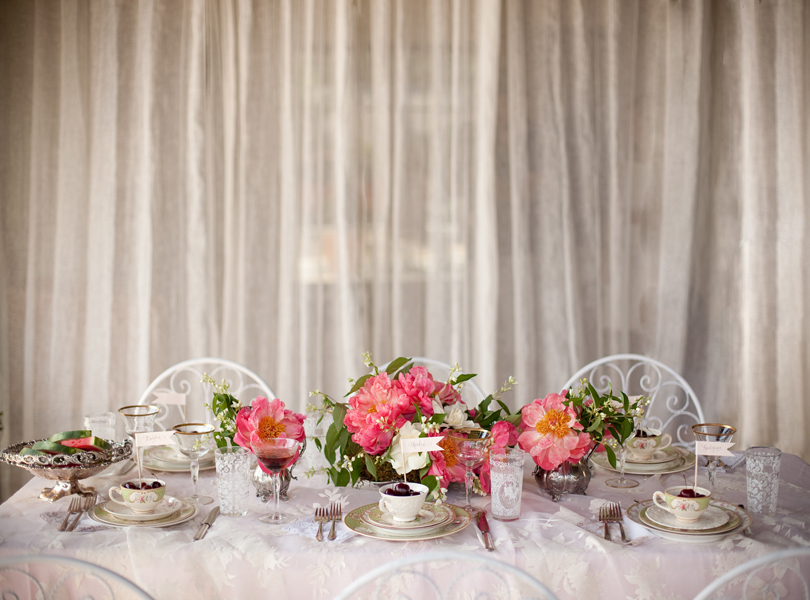 Austin Weddings, Camille Styles, The Byrd Collective, antiquaria vintage registry, table setting, pink flowers, silver tea set