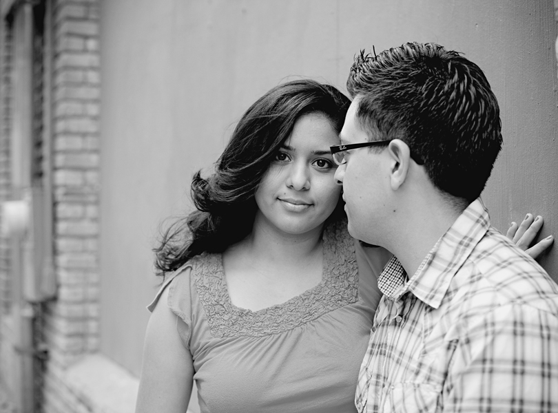 UT campus engagement session, austin engagement photographer, latin couple, bride and groom, black and white photography