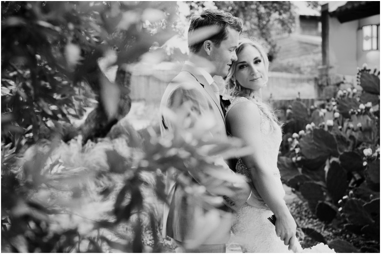 Camp_Lucy_Wedding_Photo_Driftwood_Texas_Wedding0034.jpg